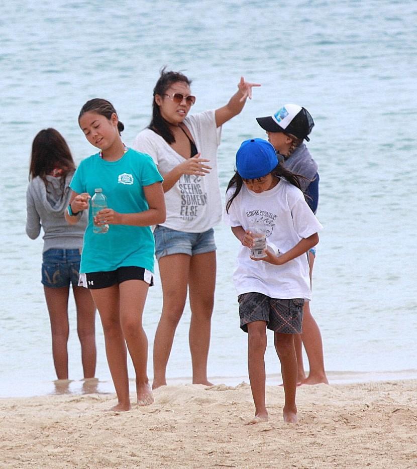 Miss_faryn_ocean_girl_project_surfstainable_debris_in_a_bottle
